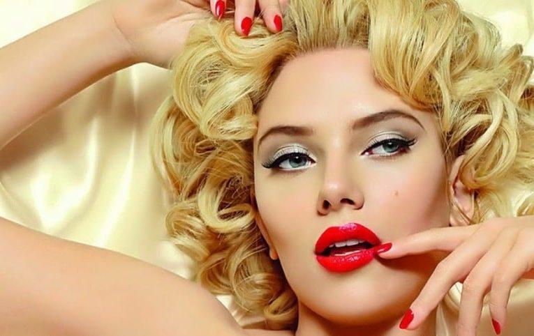Яркий макияж для блондинок