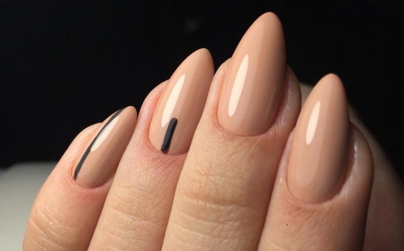 Идеи маникюра нюдового цвета: фото на коротких и длинных ногтях