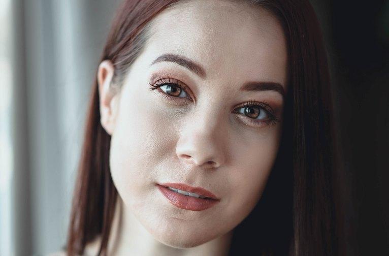 Каким маслом можно мазать лицо и как правильно выбрать согласно типу кожи