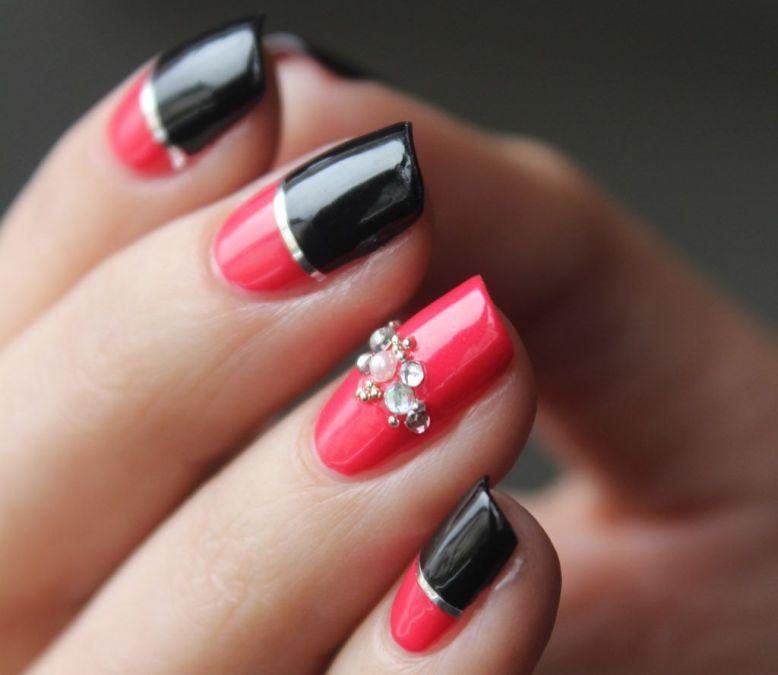 Маникюр красно-черный фото модного и красивого дизайна