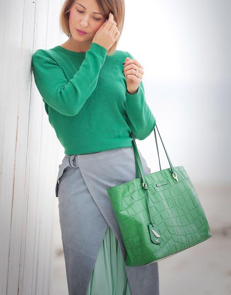 С чем сочетается зеленый цвет в женской одежде: модные и гармоничные образы с фото