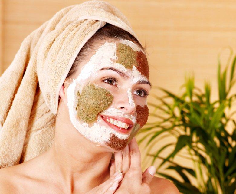 Лучшие рецепты очищающих масок для лица в домашних условиях с видео
