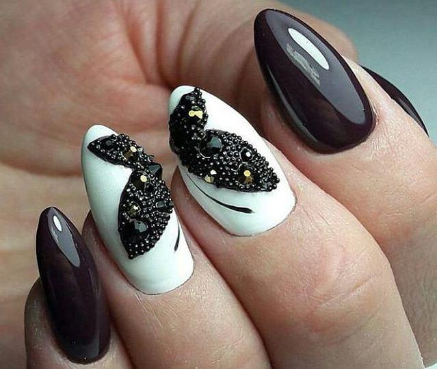 Разнообразные идеи черно-белого дизайна ногтей с фото