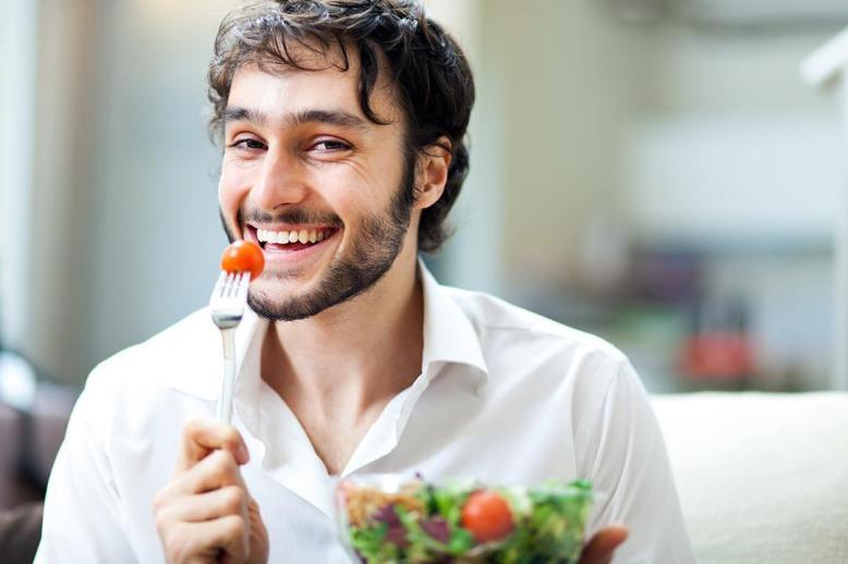 Чем полезны и вредны помидоры для организма женщин и мужчин