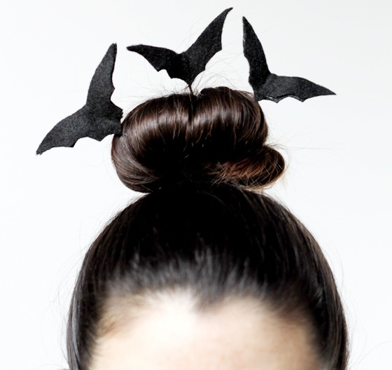 Простые прически на Хэллоуин для девушек в домашних условиях