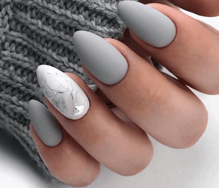 Красивый осенний маникюр: модные тенденции и фото новинок