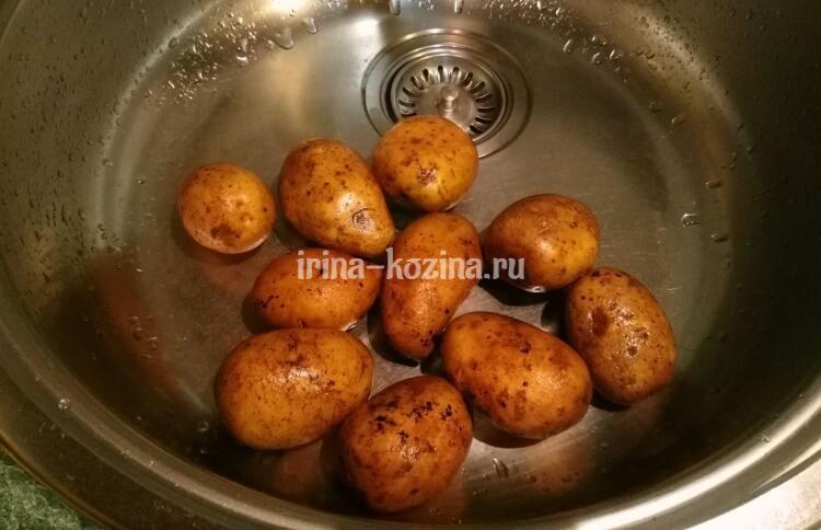 Как приготовить картофель в мультиварке по-деревенски - очень простой рецепт с пошаговыми фото
