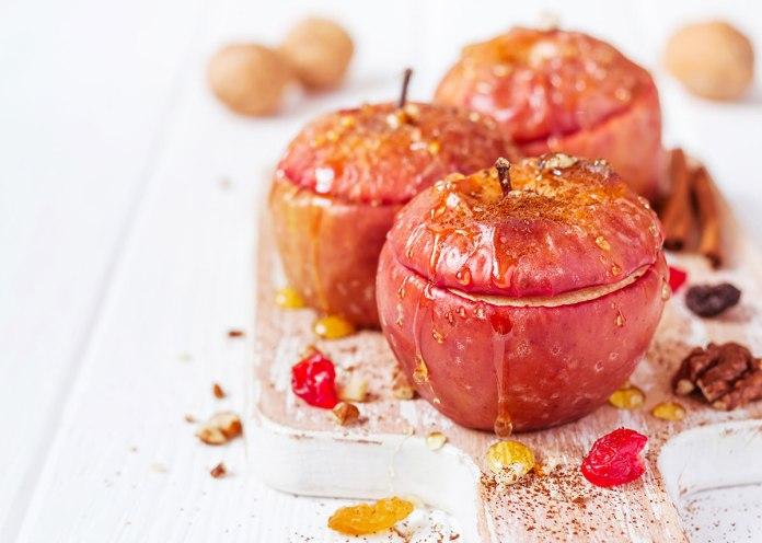 Яблоки печеные - польза и вред для здоровья человека
