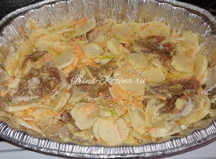 Как вкусно приготовить картошку с курицей в духовке