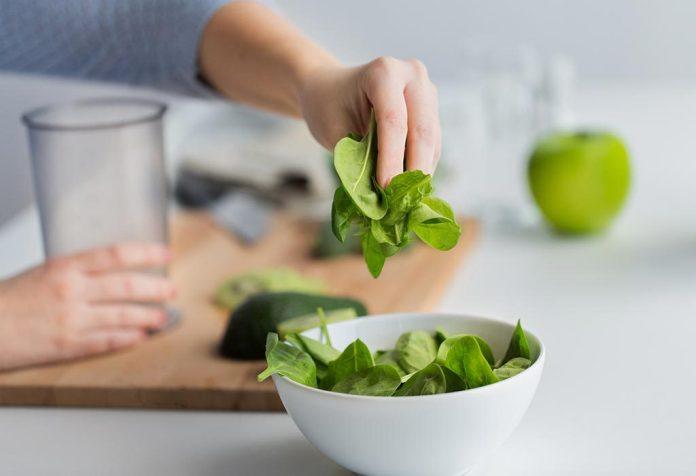 Чем полезен шпинат для женщин и мужчин?