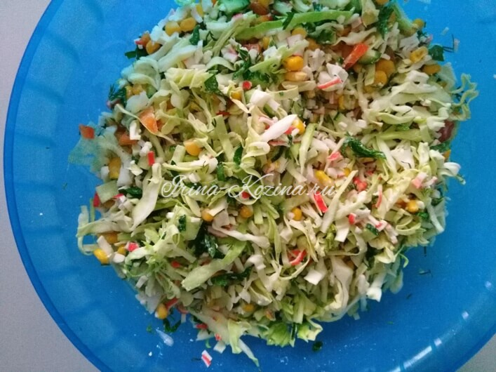 Салат с крабовыми палочками и кукурузой - самые вкусные рецепты