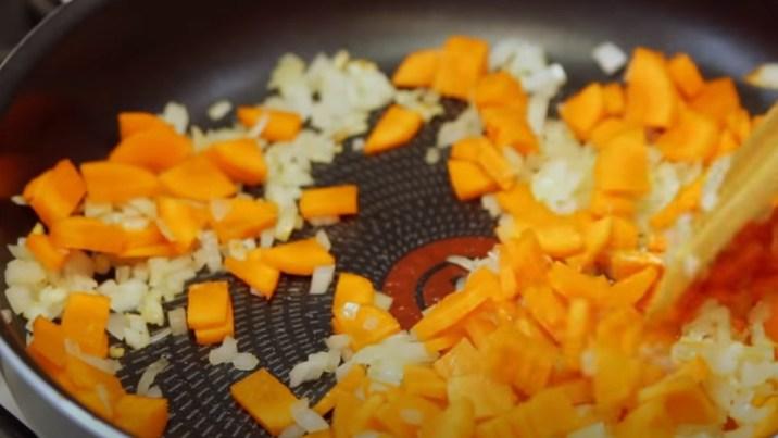 Суп с плавленным сыром: 5 вкусных и простых рецептов