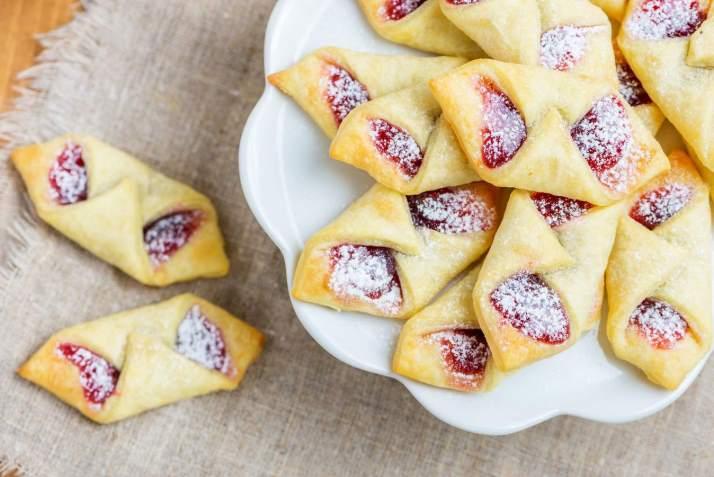Десерты на Новый 2022 год – рецепты с фото простые и вкусные