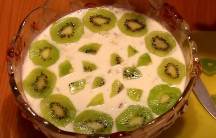 Салат с киви - 6 простых и вкусных рецептов с фото