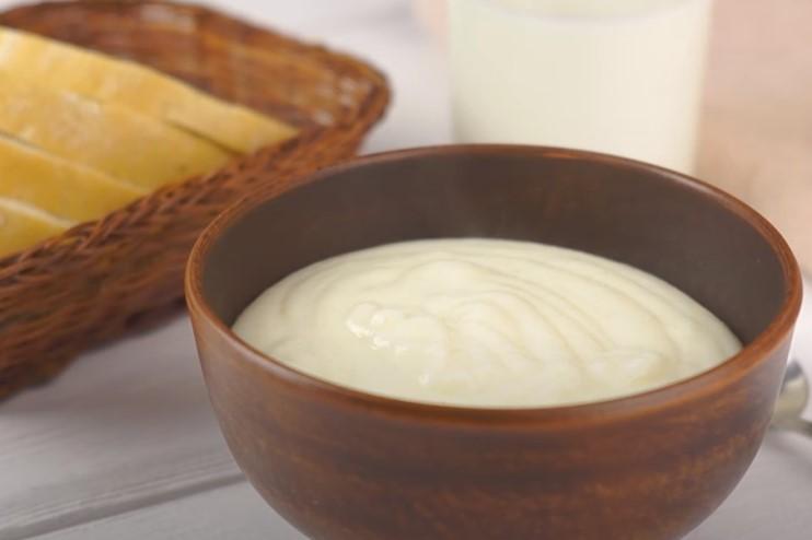 Манная каша на молоке без комочков: секреты приготовления