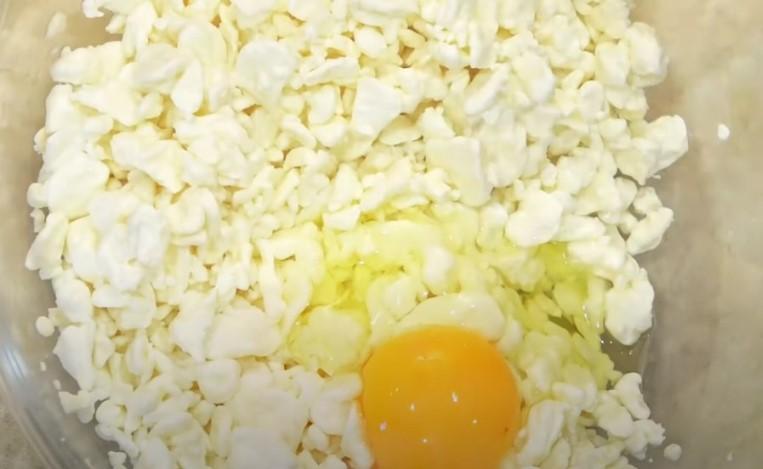 Как приготовить сырники из творога на сковороде пышные и вкусные?
