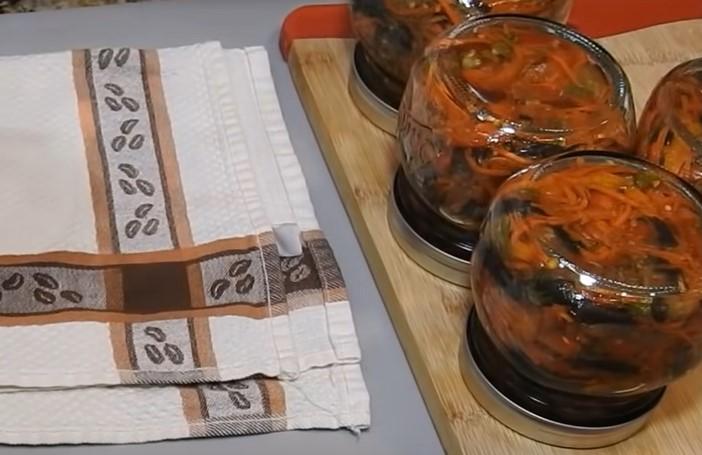 Лучшие рецепты баклажанов на зиму - пальчики оближешь