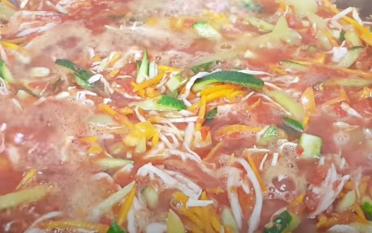 """Салат """"Донской"""" на зиму с помидорами в банках - самые вкусные рецепты"""