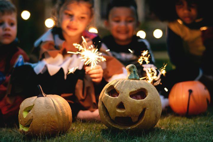 История возникновения Хэллоуина: традиции праздника и интересные факты